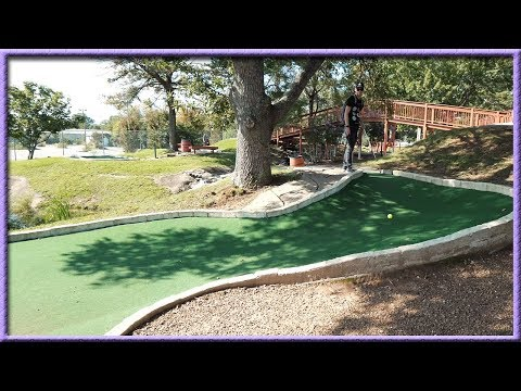 GETTING LUCKY HOLE IN ONE AT A NASHVILLE MINI GOLF COURSE + THE WORST MINI GOLF HOLE I'VE EVER SEEN
