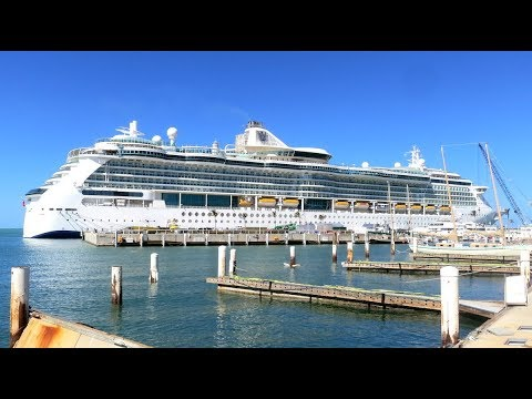 Serenade of the Seas, Tour of the Ship - YouTube