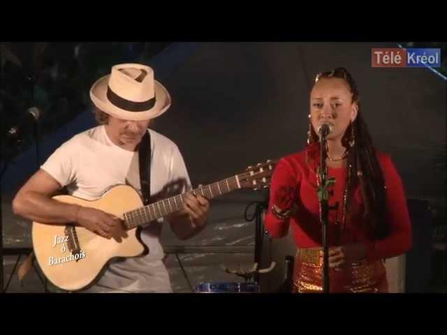 SARAHYSHA live - RETRATO EM BRANCO E PRETO