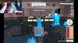 Roblox Block Hunt with Maxipower and Felicity Fuzz