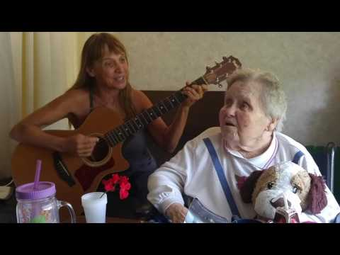 Mary Anne and Michaelle sing 5