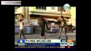 Video Punk Muslim, Hidup Ala Punk Tapi Tetap Memegang Syariat Islam 2 download MP3, 3GP, MP4, WEBM, AVI, FLV Agustus 2018