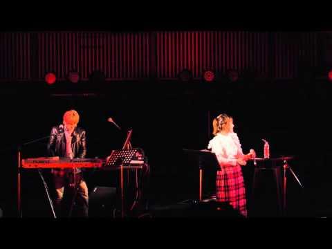 29 Nov., 2015 Tetsuya Komuro and Miu Sakamoto 小室哲哉&坂本美雨 - My revolution @ 東京競馬場