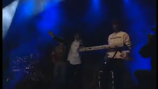 Sinan Sakic - Lepa do bola - (LIVE) - (Tasmajdan 2008)