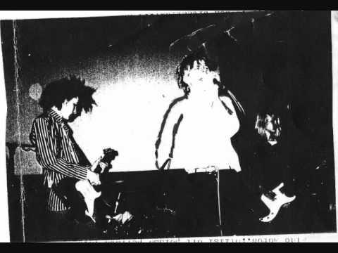 VAPAAT NUHTEET - Televisio-jumalani (Live in Mikkeli, spring 1994)