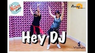Hey DJ | Dance Fitness Choreography by Vijaya Tupurani | CNCO, Yandel