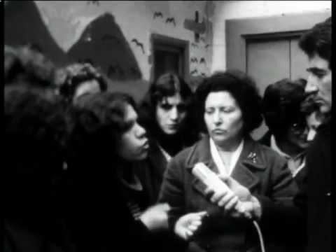 """""""Cartoline da Napoli"""" Regia di Antonello Branca (1977) 2/2"""