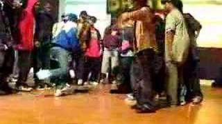 Lil Bop Da Clown Getting down @ Dance Battle