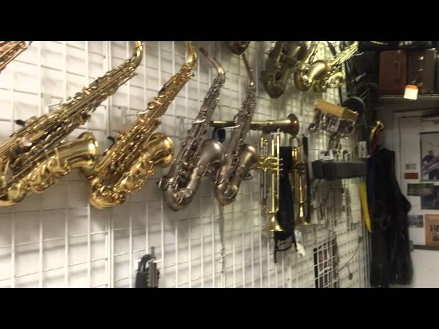 MusicMedic.com repair shop visits 9 Perry Ritter in NYC!!
