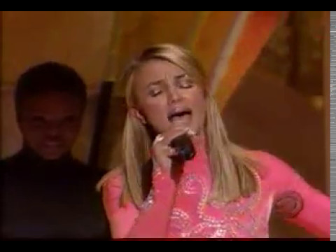 Britney Spears - From The Bottom Of My Broken Heart & Baby One More Time (live Grammy 1999)