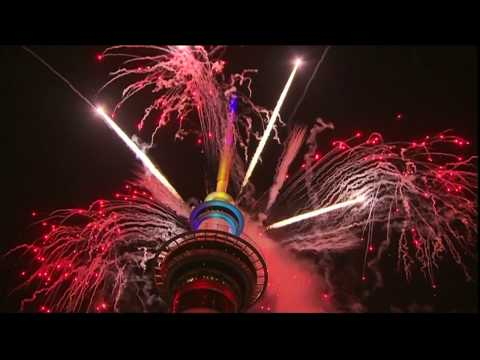 New Zealand welcomes New Year with a fireworks show