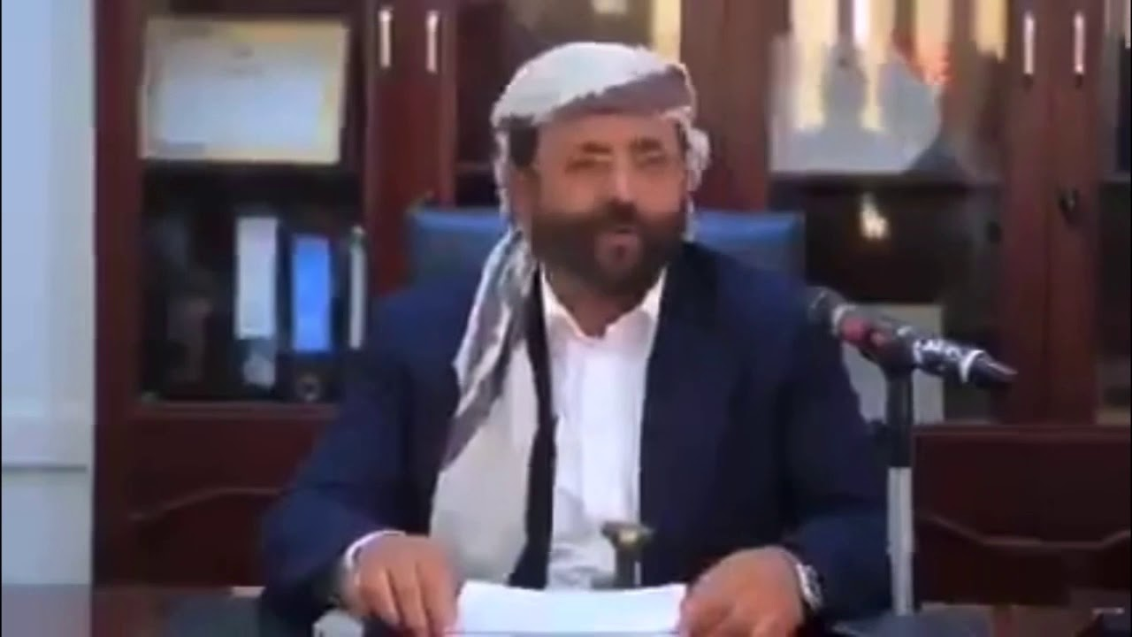شاهد محافظ مارب سلطان العراده يعلن الانتصارات ورفع العلم اليمني فوق جبال هيلان ..يتحدث بثقة النصر