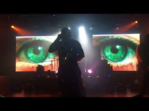 Hayko Cepkin - Zaman Geçti (Sahne Girişi) (DoRocK XL 27 Ocak 2018 Live)
