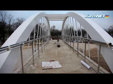 kerchnettv: В Комсомольском парке спешат закончить работы
