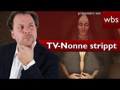 TV-Nonne strippt auf Rastplatz vor Polizisten | Rechtsanwalt Christian Solmecke