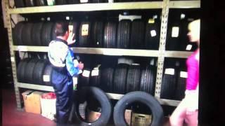 Repeat youtube video VMF18 I film hard per la famiglia - Il gommista