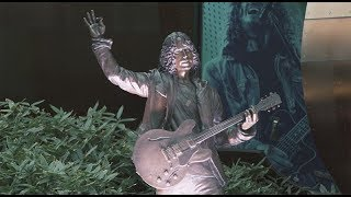 Chris Cornell - Statue Unveiling in Seattle
