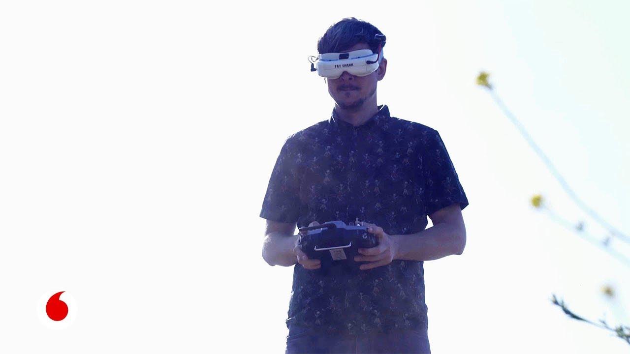 Así entrena 'Charpu', uno de los mejores pilotos de drones del mundo