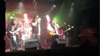 Velvet Revolver Cover live at the Sublime on the 14.2 Revelation.
