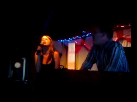Louise Milligan sings some hot karaoke