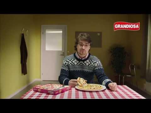 Grandiosa X-tra Allt Kebabpizza + sås