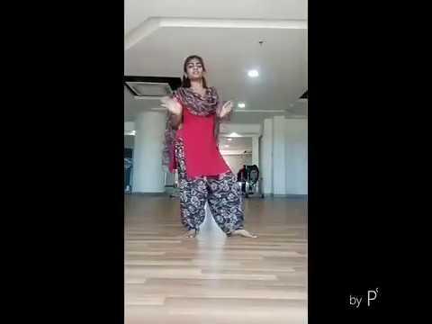 Tamil girl rocking dance performance thumbnail