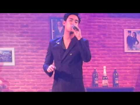 Kim Soo Hyun - Dreaming (1st Memories in Indonesia Fan Meeting)
