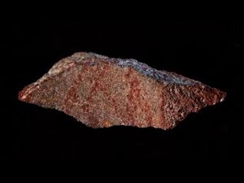 Archaeologists have found in a cave in South Africa the oldest known drawing in the world.