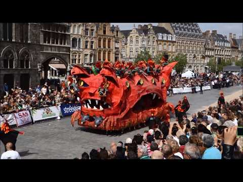 Kattenstoet Ieper 2015 - Cat Parade in Ypres, Belgium