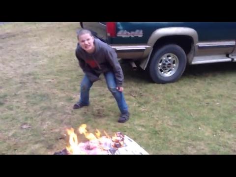 Psycho kid Burns My Little Pony PINKIE PIE