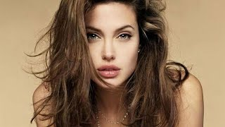 Repeat youtube video Most Popular Sexiest Hollywood Actresses Angelina Jolie