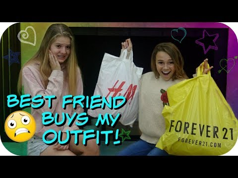 BEST FRIENDS BUY EACH OTHER OUTFITS CHALLENGE WITH KAYLA DAVIS || Taylor and Vanessa