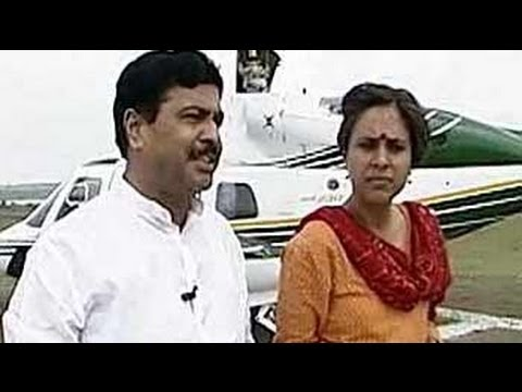 Follow The Leader: Pramod Mahajan (Aired: October 2004)