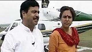 Follow The Leader: Pramod Mahajan (Aired: October 2004)