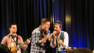 "Supernatural NJ con 2014 - Jensen singing ""I Don"