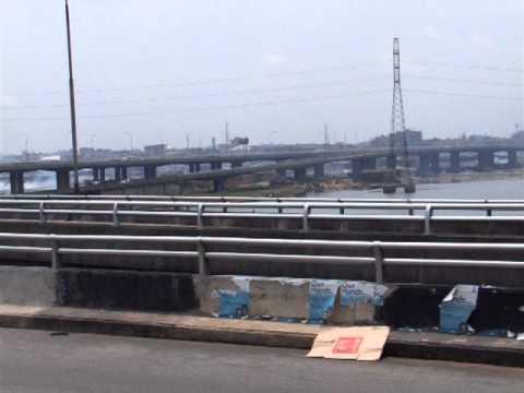 0171 On the Third Mainland Bridge in Lagos, Nigeria