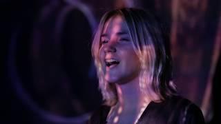 Смотреть клип Оля Краснова - Love Song