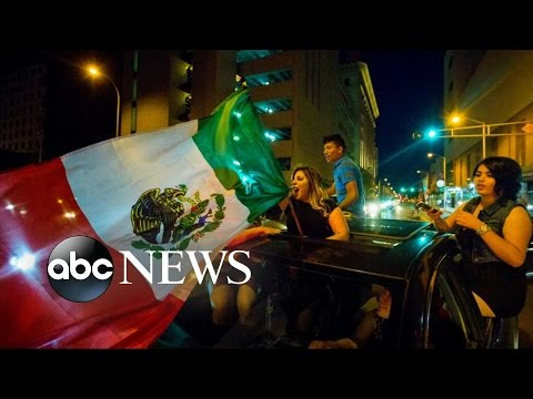 Trump Protesters Clash With Police at New Mexico Trump Event
