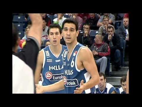 2005 Eurobasket quarter final greece-russia
