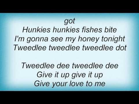 Lavern Baker - Tweedle Dee Lyrics