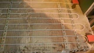 Как сделать электрический теплый пол ч.2(В этом видео показано как закрепить нагревательный кабель, к смонтированным металлическим креплениям..., 2015-12-15T16:18:49.000Z)