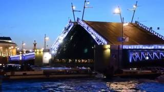 """- Разводка """"Дворцового моста"""" в Санкт-Петербурге. Июнь 2015 года. -"""