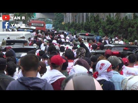 Ratusan Massa Geruduk Wilayah Kelapa Gading