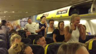 GROUP OF GIRLS GET KICKED OUT AND ARRESTED ON RYANAIR FLIGHT (INSANE)