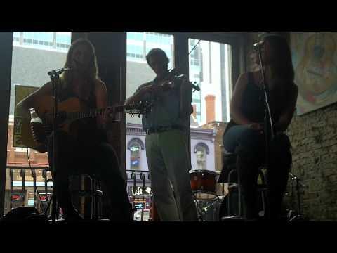 Erin James at Rippy's Nashville