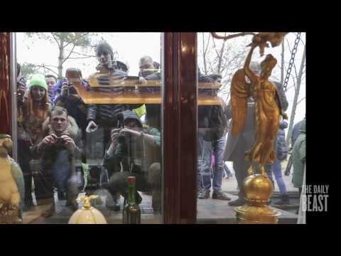 Inside Yanukovych's Palace - Darkroom