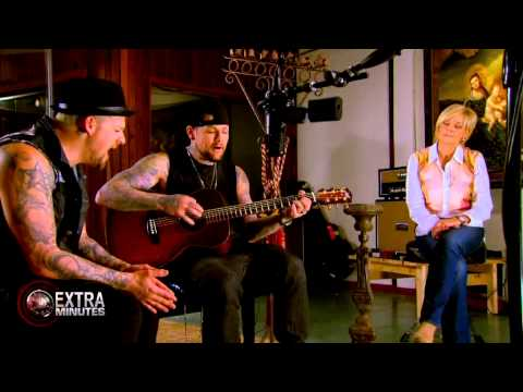 Extra Minutes | EXCLUSIVE | Joel and Benji Madden's (Good Charlotte) NEW SONG 2013