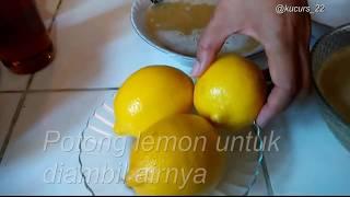 Assalamualaikum wrwb Hallo guys... Kali ini Dapur Vempidou membuat air madu lemon hangat yg banyak s.
