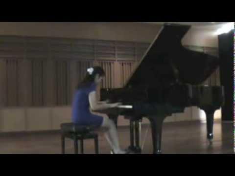 Delicia Mandy Nugroho plays Beethoven Sonata Op. 81a