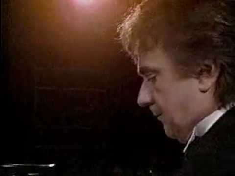 DUDLEY MOORE Plays A Beautful Piano Piece